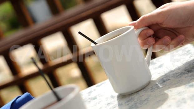 Jak zaparzyć dobrą kawę w domu? Sposoby parzenia kawy